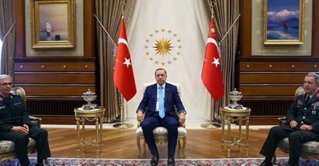 Cumhurbaşkanı Erdoğan İran Genelkurmay Başkanı Bakıri'yi Kabul Etti
