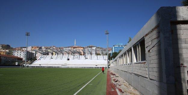 Etimesgut Belediyesi Atatürk Stadı Yenileniyor