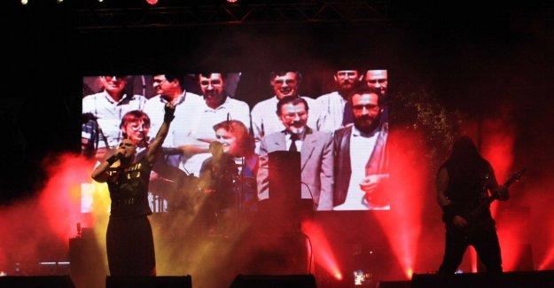 Kartal Zafer Bayramı'nı Hayko Cepkin ile Kutladı