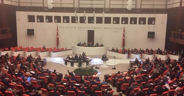 Genel Kurul'da Liderler Buluştu: Başbakan Yıldırım, Bahçeli ve Kılıçdaroğlu'na Teşekkür Etti