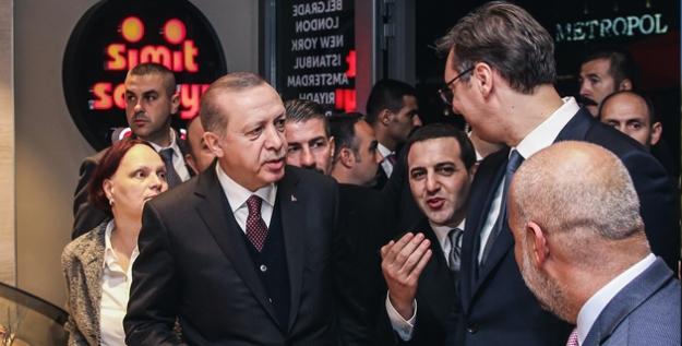 Cumhurbaşkanı Erdoğan'dan Sırbistan'daki Simit Sarayı'na Ziyaret