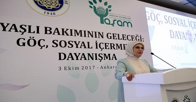 Emine Erdoğan: Asıl Olan Büyüklerimizi Muhtaç Etmeden Hayatlarını Sürdürmelerini Sağlamaktır