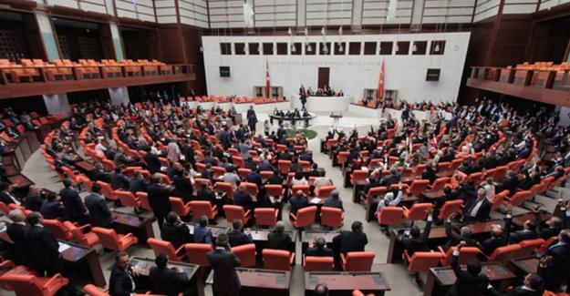 """""""Faşist Diktatör"""" Tartışması Genel Kurul'da Da Devam Etti"""