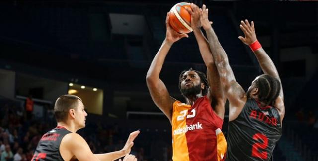 Galatasaray Odeabank Farklı Başladı: 82-58