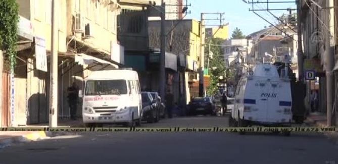 Diyarbakır'da PKK Hücre Evine Operasyon: 1 Polis Şehit