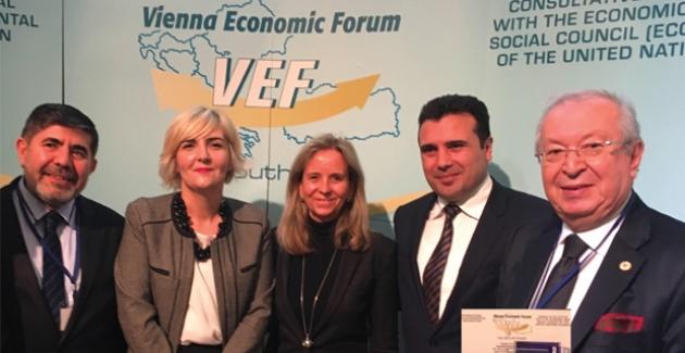 Dr. Akkan Suver'e Avusturya'da Büyük Ödül