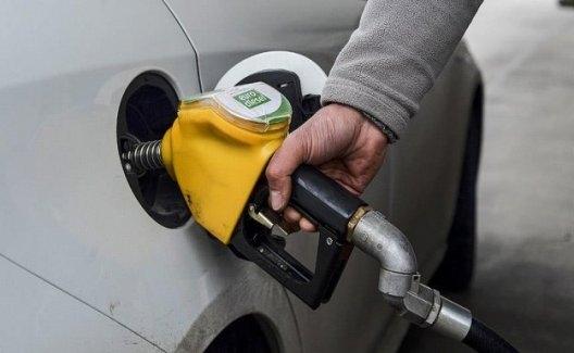 """Palandöken, """"Benzine Yapılacak İndirim Yeterli Değil"""""""