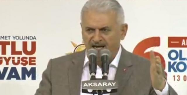 """Başbakan Yıldırım: """"Kılıçdaroğlu'nun Yaptığı Komşusunun Evi Yanarken Üşüyen Elini Isıtması"""""""