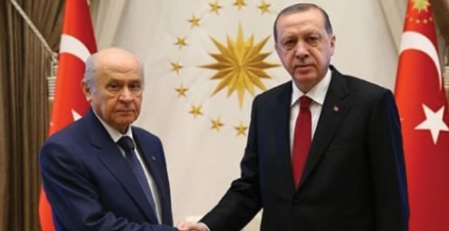Cumhurbaşkanı Erdoğan Bahçeli'yi Külliye'ye Davet Etti