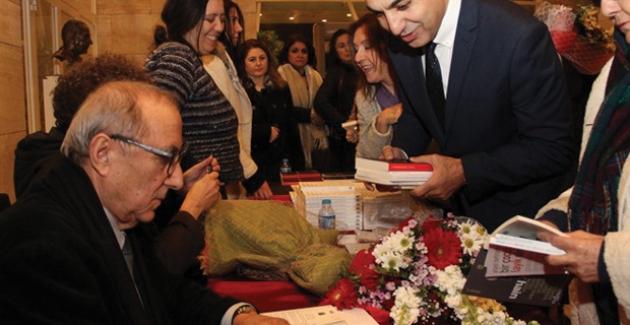 Ataol Behramoğlu Bakırköy'de Sanatseverlerle Buluştu