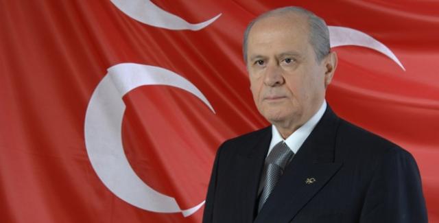 Bahçeli: Afrin'e Türk Bayrağını Diken Kahramanlarımızla Övünüyorum