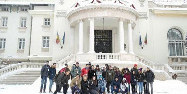 Kuşadalı Öğrenciler'den Kardeş Şehir Sinaia'ya Dostluk Gezisi