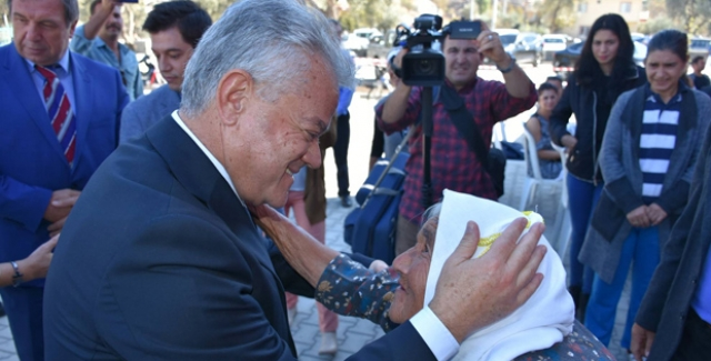 Marmaris Belediye Başkanı Acar'dan Yaşlılara Saygı Haftası Mesajı