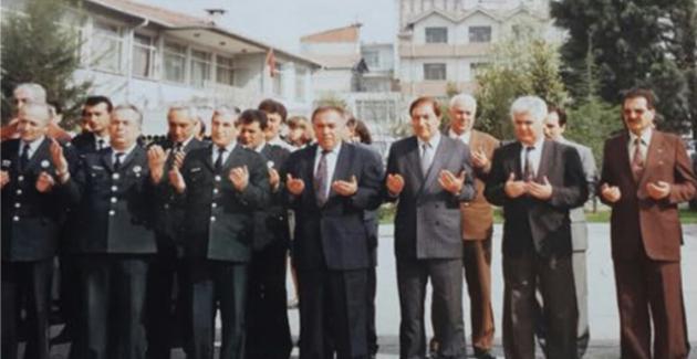 Ebru Yaşar'dan Güzel Mesaj