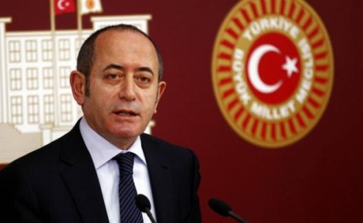 CHP'li Hamzaçebi: Bürokratlar Parti Binalarına Çağrılmaz