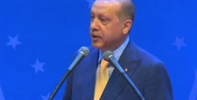 Cumhurbaşkanı Erdoğan: Yaşadığınız Ülkelerdeki Siyasi Partilerde Aktif Şekilde Rol Alın