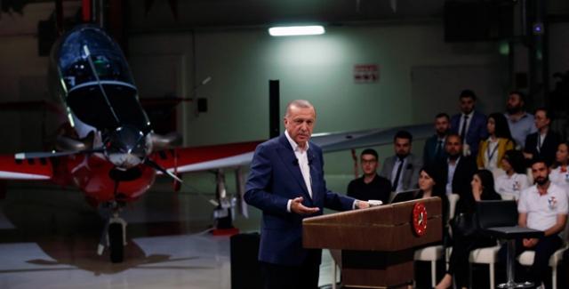Cumhurbaşkanı Erdoğan, Sosyal Medyada Gençlerin Sorularını Cevapladı