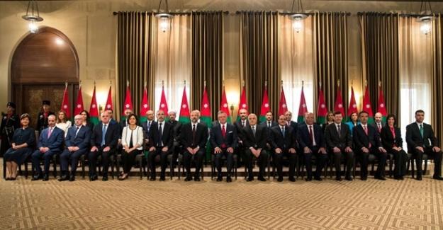 Ürdün'de Yeni Hükümet Göreve Başladı