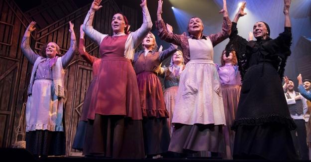 Harbiye Açıkhava'da TiyatroylaKeyifli Yaz Akşamları