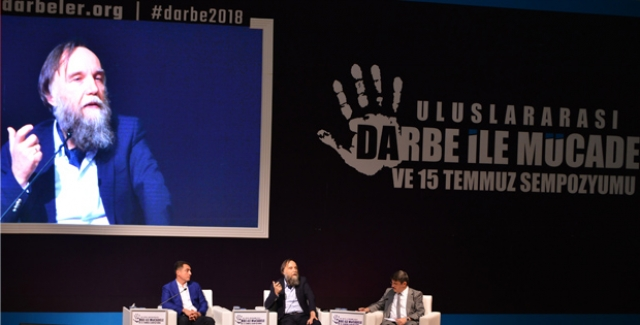 """Rus Filozof Prof. Dr. Alexandr Dugin: """"Darbe Başarılı Olsaydı Türkiye'de İç Savaş Çıkardı"""""""