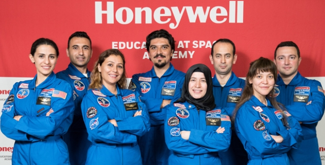 Türkiye'den Sekiz Şanslı Öğretmen Uzay Akademisi Programında