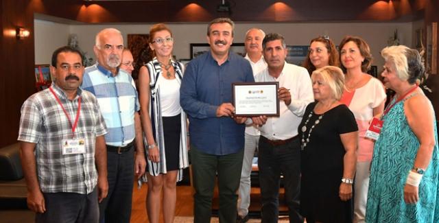 Çukurova Belediye Başkanı Çetin, Hayvan Haklarına En Duyarlı İlçe Belediye Başkanı Seçildi