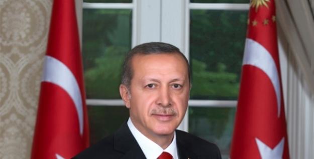 Cumhurbaşkanı Erdoğan'dan Milli Yüzücü Boyacı'ya Tebrik