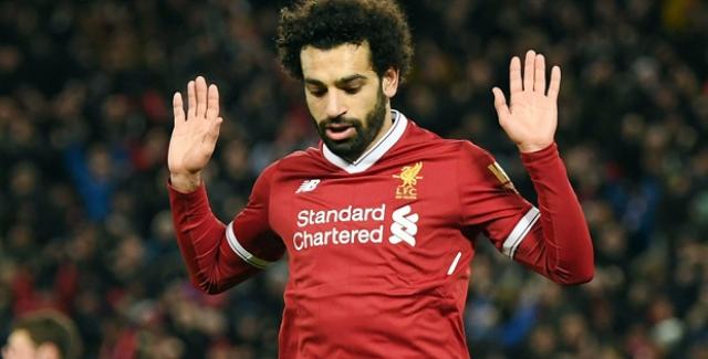 Ünlü Futbolcu Muhammed Salah Bu Kez Kaşlarıyla Gündemde