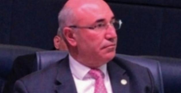 CHP'li Tanal, Suudi Gazeteciyi Meclis'e Taşıdı