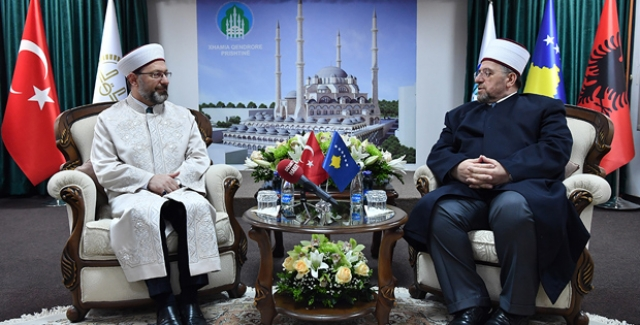 Diyanet İşleri Başkanı Erbaş Kosova'da