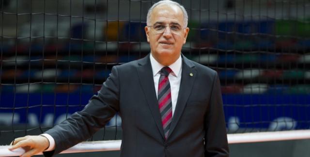 TVF Başkanı Üstündağ'dan VakıfBank ve Eczacıbaşı VitrA'ya Tebrik Mesajı