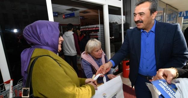 Halkın Alışveriş Çantası Başkan Çetin'den