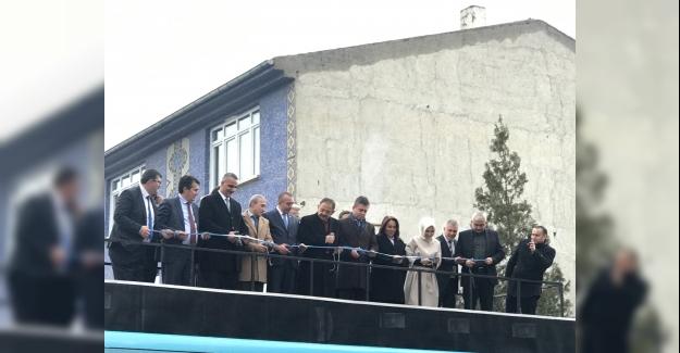 AK Parti Çayyolu Bölge Temsilciliği Açıldı