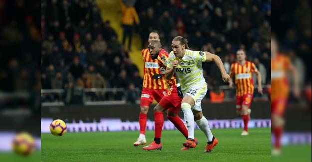Fenerbahçe, Kayseri'den Eli Boş Dönüyor