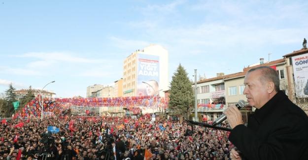 """""""Milletimizi Karaborsacılık Ve Stokçuluk İlletiyle İlk Tanıştıran, Millî Şefin CHP'sidir"""""""