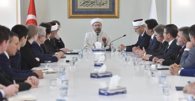 """Başkan Erbaş; """"Batı Trakya'daki Müslümanlar, Yüreğimizin Bir Parçası"""""""