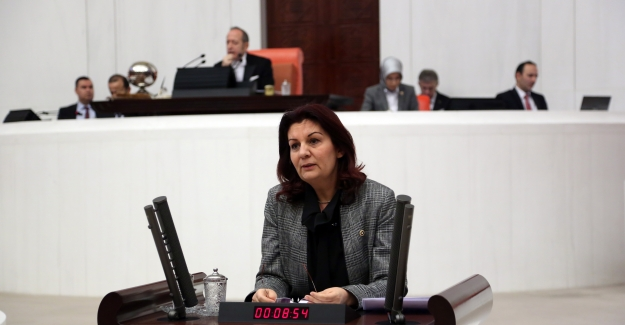 """CHP'li Karabıyık: """"AKP'nin Söylemleri Kadınlara Şiddet, İşsizlik, Yoksulluk Olarak Dönüyor!"""""""