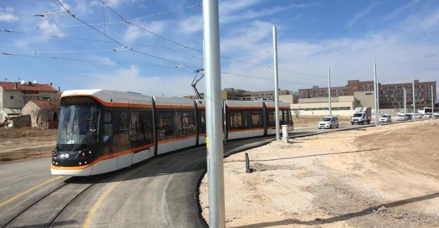 Eskişehir'de Şehir Hastanesi Tramvay Hattı Hizmete Başladı