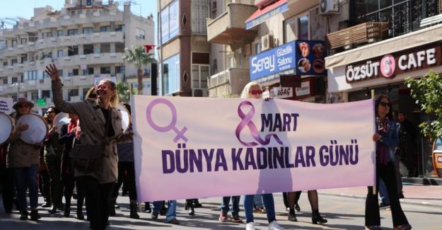 Kuşadası'nda 8 Mart Dünya Emekçi Kadınlar Günü Etkinlikleri