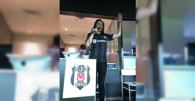 Vodafone Park'ta Gol Anonsunu Kadın Taraftar Yaptı