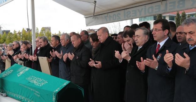 Cumhurbaşkanı Erdoğan, Atalay Şahinoğlu'nun Cenaze Törenine Katıldı