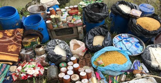 Diyarbakır'ın Silvan Ve Hazro İlçelerinde Çok Sayıda Malzeme Ele Geçirildi