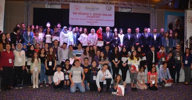 Ege Bölgesi 2. Çocuk Hakları Çalıştayı Kuşadası'nda Yapıldı