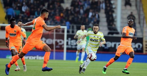 Fenerbahçe, Alanya'dan Eli Boş Dönüyor