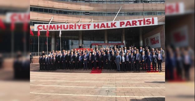 Başkan Ömer Günel CHP'li Belediye Başkanları Toplantısına Katıldı