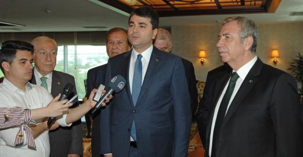 DP Genel Başkanı Uysal'dan Ankara Büyükşehir Belediye Başkanı Yavaş'a Hayırlı Olsun Ziyareti