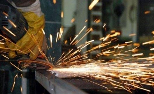 Sanayi Üretimi Bir Önceki Yılın Aynı Ayına Göre Yüzde 2,2 Azaldı
