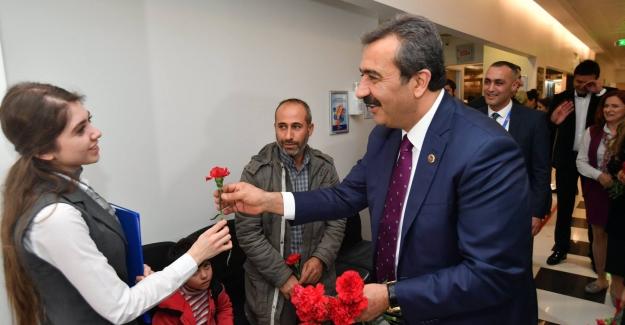 """Başkan Çetin: """"Sorunları Birbirimizi Severek Çözeceğiz"""""""