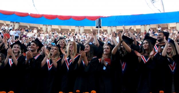 Bilkent Üniversitesi Görkemli Bir Törenle 2019 Mezunlarını Uğurladı