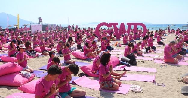 Global Wellness Day Kuşadası'nda Kutlandı